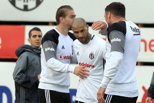 Beşiktaş, Spor Toto Süper Lig'in 31. haftasında 15 Mayıs Pazartesi günü Bursaspor'a konuk olacağı maçın hazırlıklarını sürdürdü.