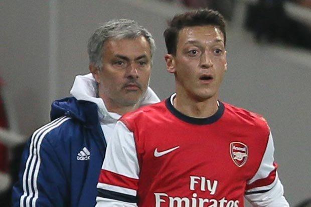 Özil ve Mourinho yeniden buluşuyor