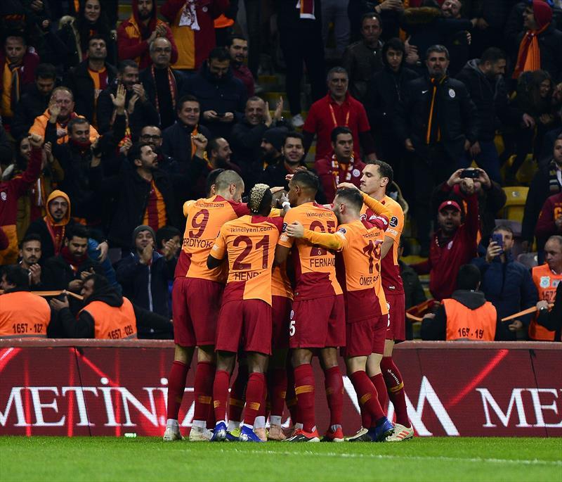 Galatasaray'da gözler Devler Ligi'nde!
