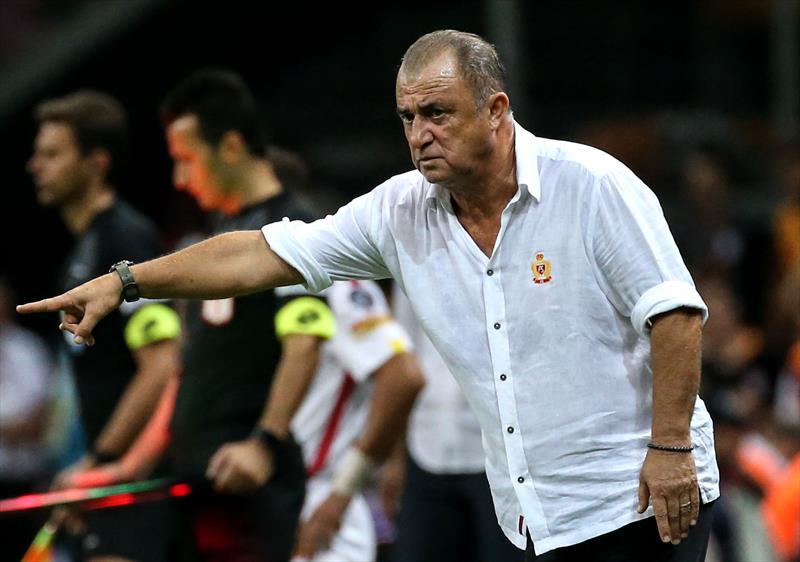 UEFA Şampiyonlar Ligi'nda yer alacak teknik direktörlerden kurulu 11'de Galatasaray Teknik Direktörü Fatih Terim de yer aldı.