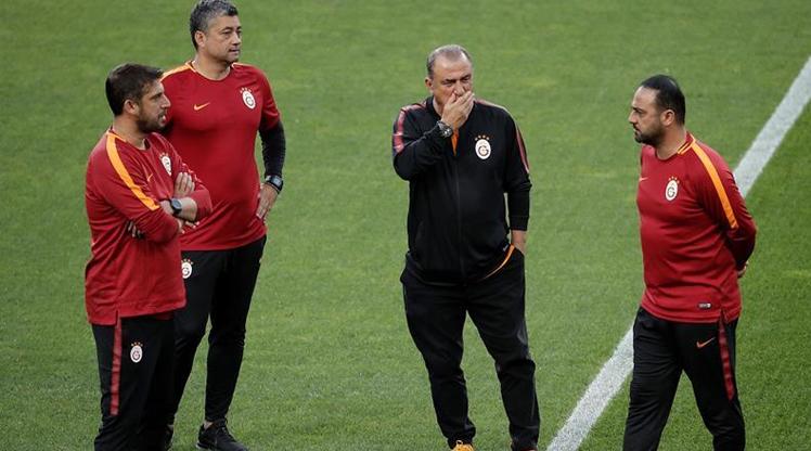Galatasaray transferde hedefi belirledi!