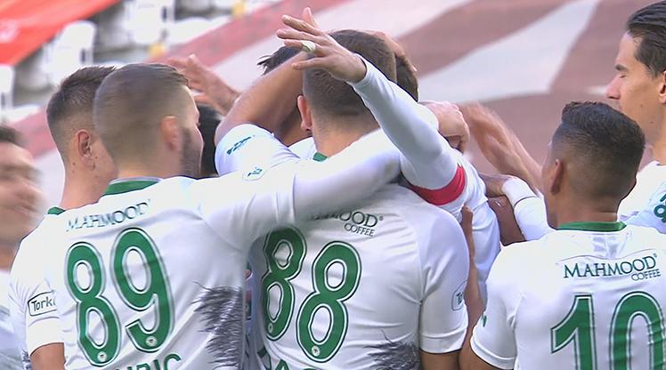İttifak Holding Konyaspor - BB Erzurumspor